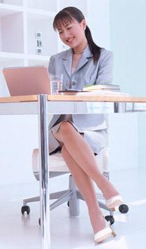 オフィス女性イメージ