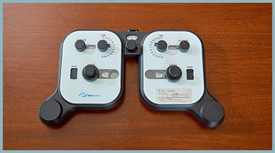 レンズメーター(現在ご使用のメガネのレンズ度数を図る機材)
